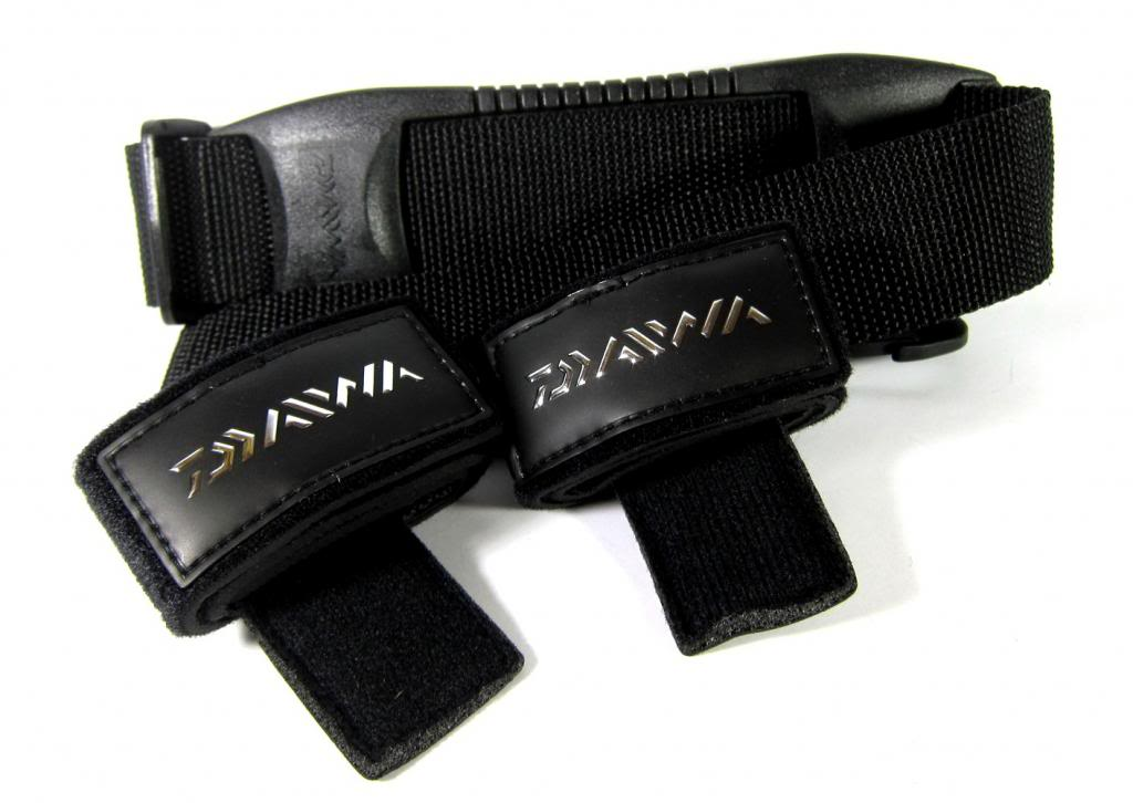 Daiwa Smart Rod Carrier Rod Straps with Shoulder Strap 798013