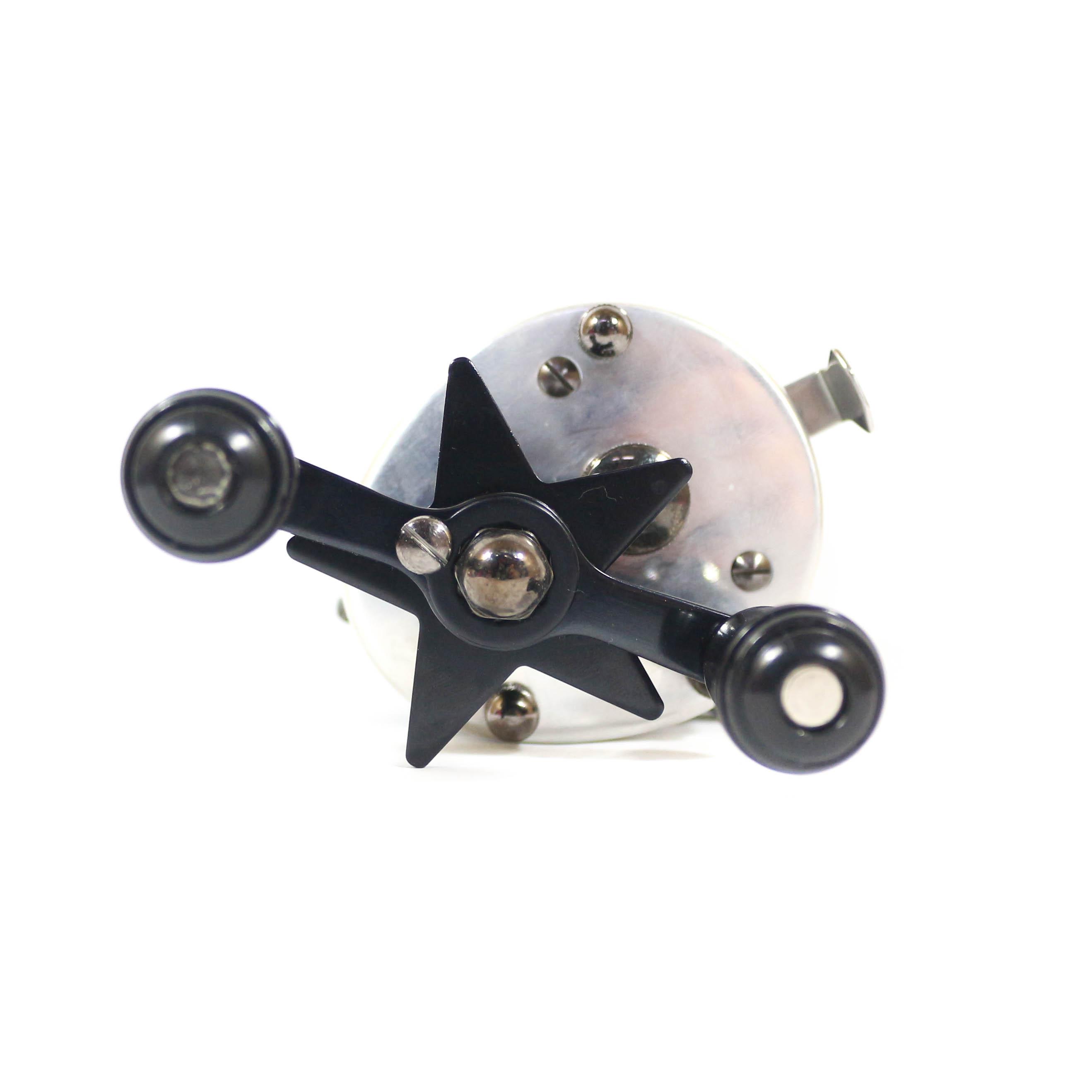 Frog Baitcast Reel Toy Machine Silver (2010)