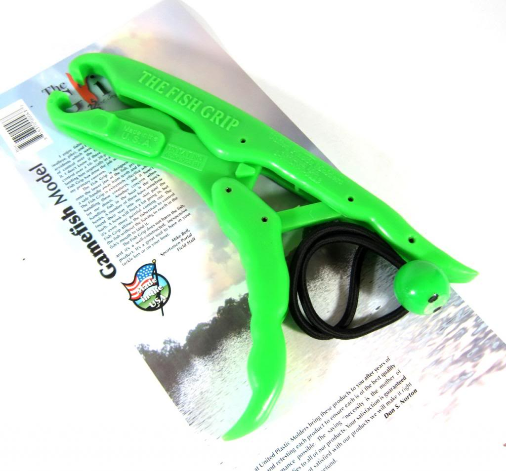 The Fish Grip Floating Game Fish Model Green (0444)